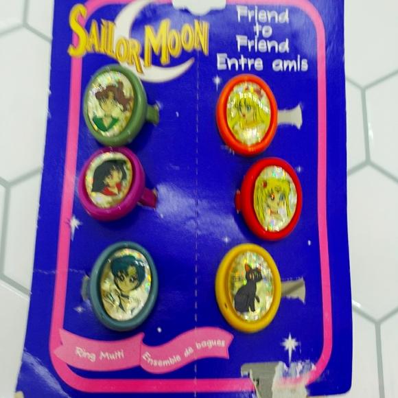 Sailor Moon plastic rings Friend *read description